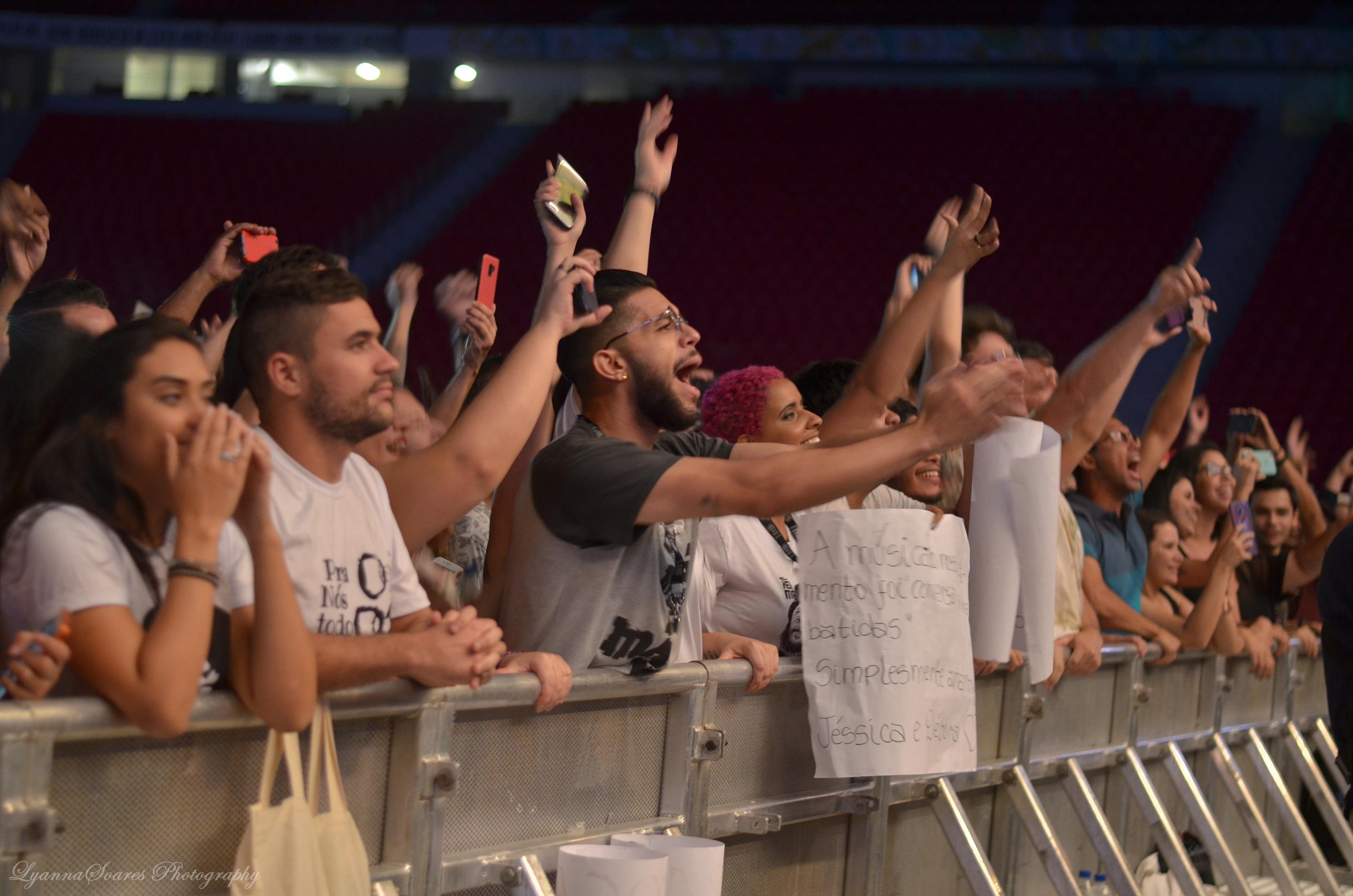 Los Hermanos (público)